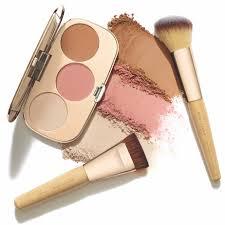 guide to choosing makeup brushes