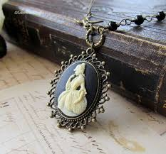 victorian silhouette cameo necklace