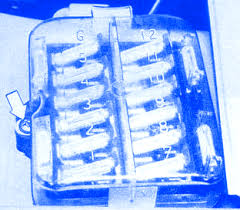 bmw 318i 1982 fuse box block circuit breaker diagram carfusebox bmw 318i 1982 fuse box block circuit breaker diagram