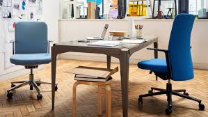 Apple office design Open Plan Doragoram Apples Jony Ive Has Selected 1200 Workstation Chairs For New Campus