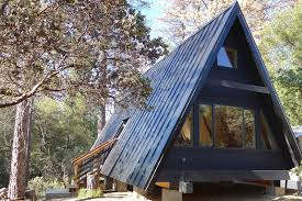 This modern A-Frame cabin near Yosemite can accommodate three guests. The A-
