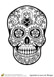 Coloriage Cr Ne En Sucre Mexicain C Ur Et Fleurs Tete De Mort En Sucre Mexicaine A Colorier L