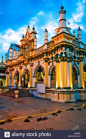 Exterior of Masjid Abdul Gafoor Mosque in Little India area of Stock Photo  - Alamy