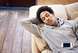 man listening music relaxed iStock 640x440