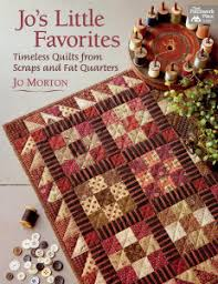 Quilt Fabric, Patterns & Kits in Aurora Orgeon | Speckled Hen Quilts & Check It Out Adamdwight.com