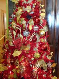Red And Gold: Here's another pretty red Christmas tree with gold decoration  ...