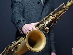 Eufonium merupakan instrumen musik tiup keluarga tiup logam yang menghasilkan nada dalam rentang titi nada tenor. 10 Alat Musik Tiup Tradisional Dan Modern Guratgarut