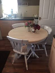 shabby chic round dining table and 3 chairs