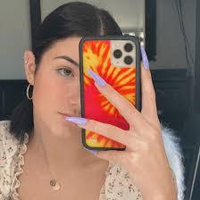 Charli D'Amelio weint wegen TikTok-Kommentaren