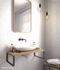 Badezimmer Fliesen Beige Weiß