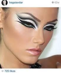 black swan eye make up for costume