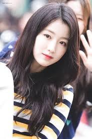 Hana Gugudan In 2019 Kpop Girls Attractive People Kpop
