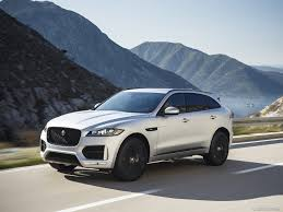 2017 Jaguar F-PACE 2.0d R-Sport AWD Diesel (Color: Rhodium Silver) - Front  Wallpaper 1600 X 1200 0