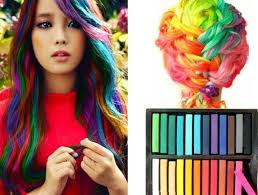 hair chalk how to chalk dye your hair with crayons best ideas chalk hairchalk rainbow hair beautifulhair fashion style hairstyles