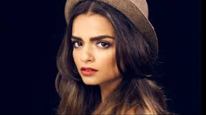 cara delevingne makeup tutorial thick youthful brow you