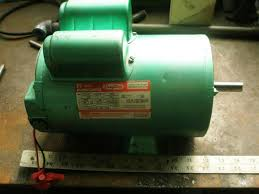 help a dayton 230v motor doityourself com community forums it has two capacitors on top see attached