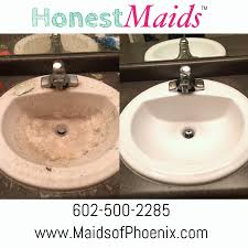 clean bathroom sink naturally cleaned with eco friendly green supplies