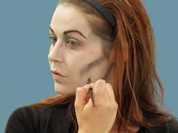 contouring neck for zombie makeup