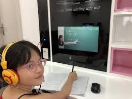 Bàn học thông minh 4.0 màu hồng - Bàn Học Thông Minh 4.0