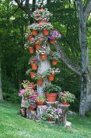 ... Creative yard landscaping, mushrooms garden decorations made with tree  stumps