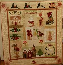 Sew'n Wild Oaks Quilting Blog: A Vintage Christmas & The picture I took, doesn't convey just how gorgeous this quilt is! This is  a Bunny Hill design called Vintage Christmas. The quilting was done by  Victoria ... Adamdwight.com
