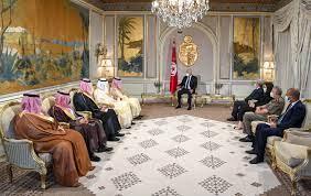 السعودية تتعهد بتقديم الدعم المطلوب لتونس.. وسعيد: لا مجال للعودة إلى  الوراء - RT Arabic