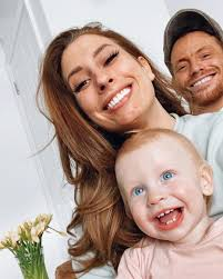 It was released by conehead records on 19 april 2015, and debuted at number 45 on the uk albums chart. Stacey Solomon Emotional As She Watches Rex With Her Dad After Joe Swash S Father Died In Front Of Him When He Was 11