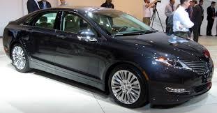 File:2013 Lincoln MKZ Hybrid -- 2012 NYIAS.JPG - Wikimedia Commons