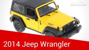 maisto 1 18 2016 jeep wrangler yellow cast model car vehicle new in box cast toy vehicles