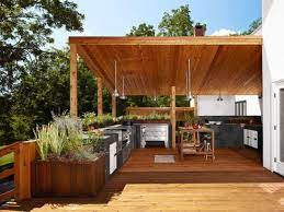 Let S Eat Out 45 Outdoor Kitchen And Patio Design Ideas