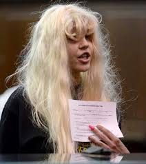 1 remember when amanda bynes had that mental breakdown and psychiatric hospitalization after months of crazy twitter rants erratic behaviors