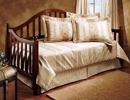 modern daybed bedding