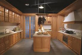 China Oak Solid Wood Kitchen Cabinet China Modern Style Furniture
