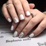 Идеи на ногтях со стразами