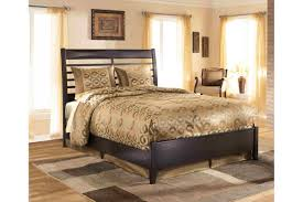 Bedroom Sets: Kira King Bedroom Set - NewLotsFurniture