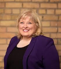 Tracy Smith Real Estate Associate in Wayzata Minnesota - Sotheby's  International Realty