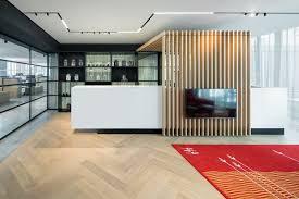 Modern office flooring Ultra Modern Oak Wood Floor Amsterdam Office Impressive Interior Design Herringbone Office Floor Project Amsterdam Uipkes Wood Flooring