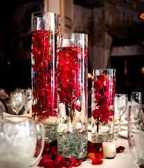 gorgeous glass vase centerpiece