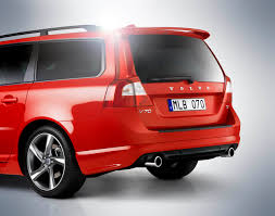 2012 Volvo S80 Executive and V70 R-Design added to the lineup