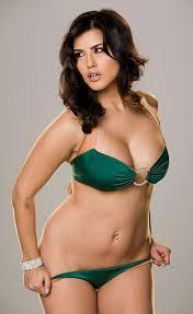 Sunny Leone Hot HOT WALL