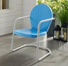 retro vintage style metal lawn chair