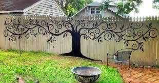 40 People Who Took Their Backyard Fences To Another Level Bored Panda Stunning Backyard Fence Designs