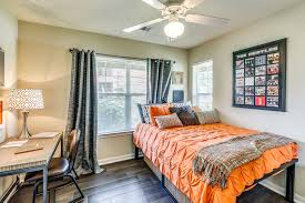 Lodge Bedroom Furniture View Our Floorplan Options Today Campus Lodge Columbia