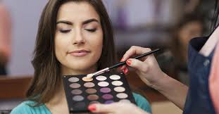 have you always dreamt of being a makeup artist does the idea of working as a makeup artists put a smile on your face makeup artistry is a fulfilling
