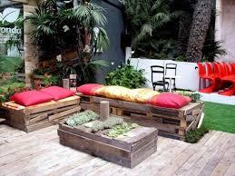 euro pallet furniture. Amazing Euro Pallets Home And Garden Furniture: Pallet Furniture