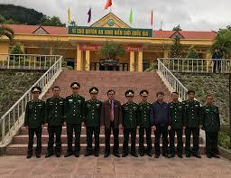 Đoàn Đại biểu Quốc hội tỉnh Quảng Trị thăm và chúc Tết nhân dân các xã vùng  biên giới