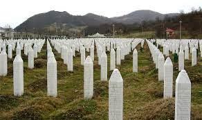 Srebrenitsa Katliamı - Vikipedi