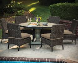 60 round franklin table set