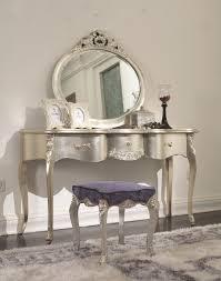 Silver Bedroom Furniture Sets Cottage Furniturechampagne Silver Bedroom Setcarved Fabric King