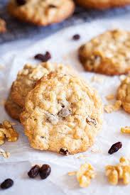 chewy oatmeal raisin walnut cookies